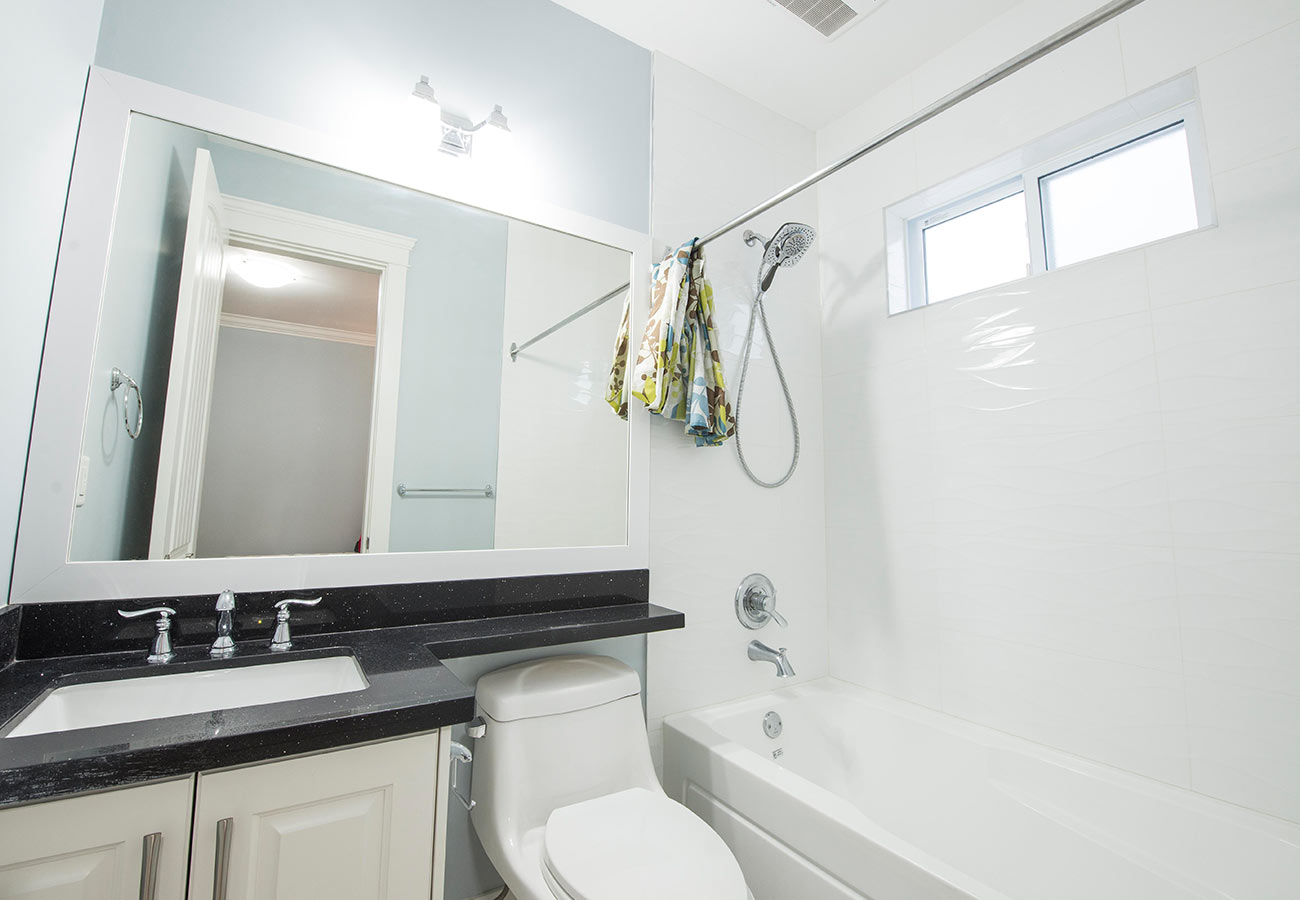 VanWest Vancouver Student Residence Bathroom